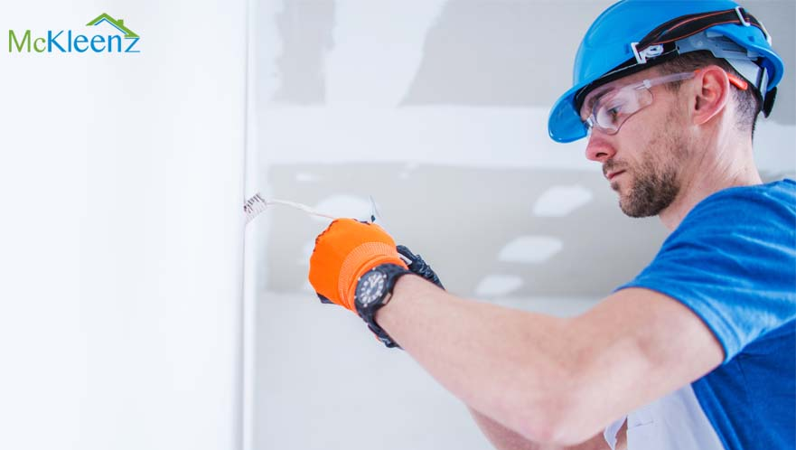 HANDYMAN VS. LICENSED ELECTRICIAN? TIPS ON CHOOSING THE RIGHT SERVICE